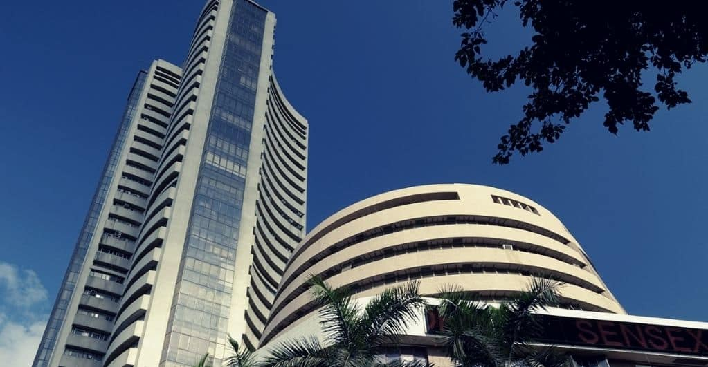 Sensex, Nifty trade lower in volatile trade